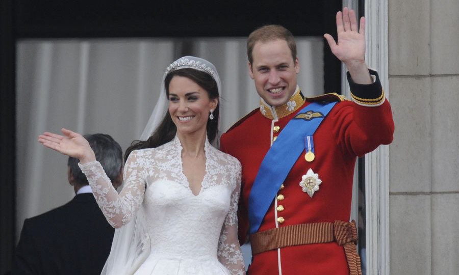 Prince William Kate Middletons Wedding Cake Chocolatier Dishes On Their Royal