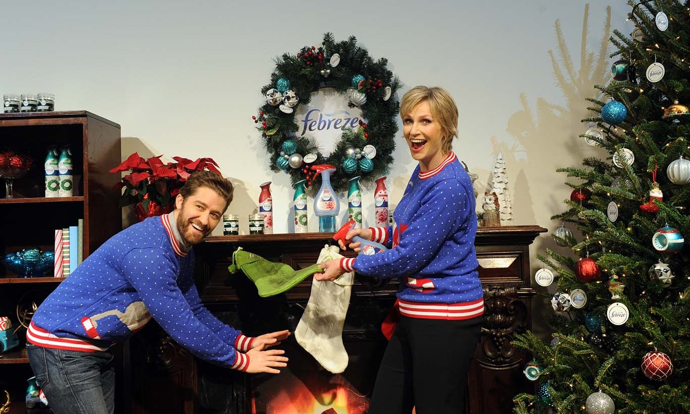 November 30: Spray some holiday cheer! Jane Lynch and Matthew Morrison premiered their #12StinksofChristmas video sponsored by Febreze in New York City. 