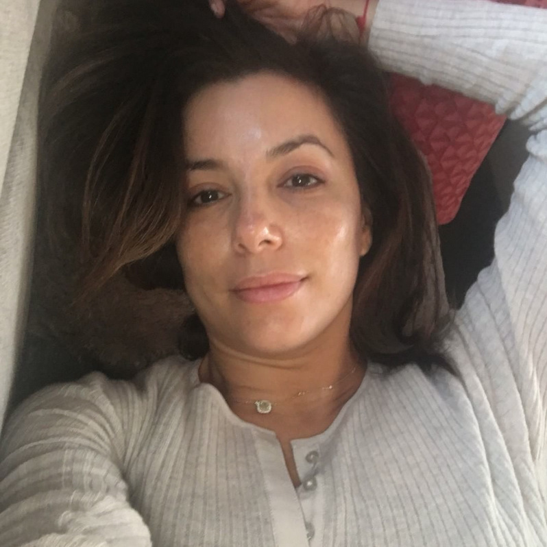 Natural beauty Eva Longoria shed her usual glam to share this bare-faced selfie with fans.