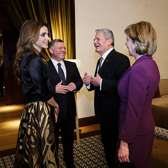 Queen Rania and her husband King Abdullah welcomed the President of Germany Joachim Gauck and his partner Daniela Schadt to the Al Urdon Palace in Amman, Jordan.