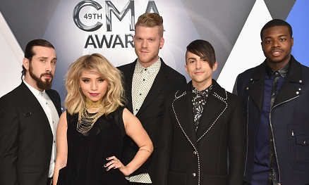 Pentatonix Members Sallee >> Pentatonix reflects on 2015: Performing for Justin Bieber, hitting #1 on Billboard chart