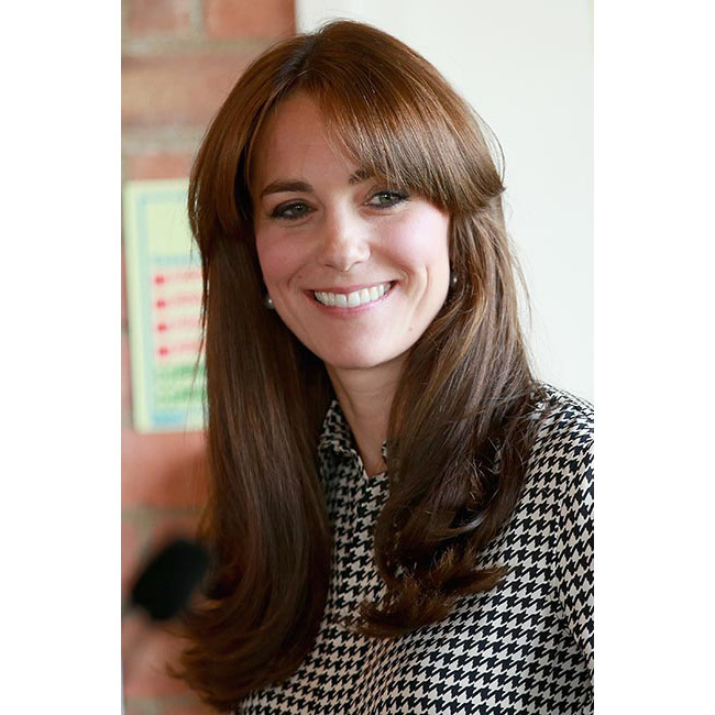 Making her first appearance after a brief maternity leave, Kate debuted bangs as she paid a visit to the Anna Freud Centre. The Duchess completed her look with a her signature eyeliner.