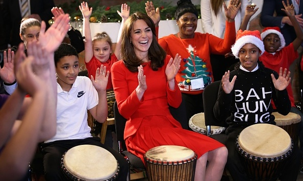The Duchess showed off her music skills while visiting the Anna Freud Centre Family School.