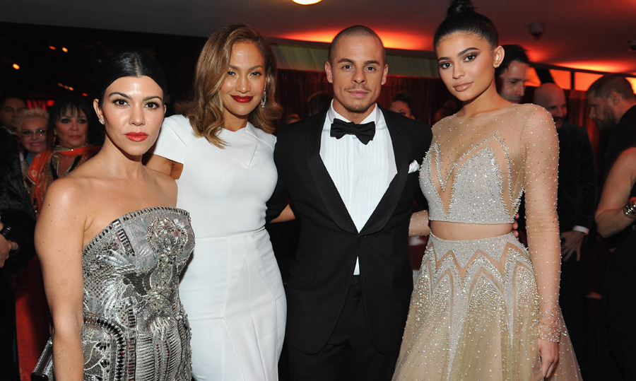 "Jennifer Lopez and Casper Smart with Kourtney Kardashian and her ""hot date"", little sis Kylie Jenner. 
