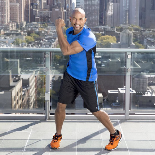 <b> Shaun T, 451k+ followers</b>