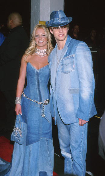 Give them denim! With his leading lady at the time, Britney Spears, Justin turned heads at the American Music Awards in January 2000, in matching all denim outfits. 