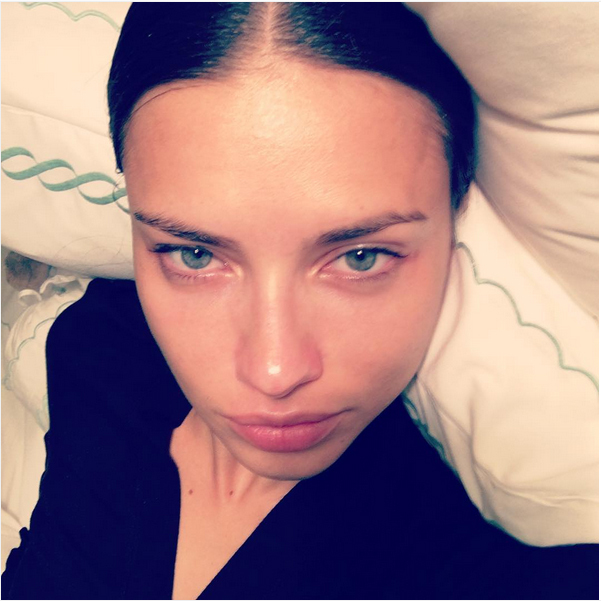 Supermodel Adriana Lima went without makeup as she snapped this selfie during a low-key moment.