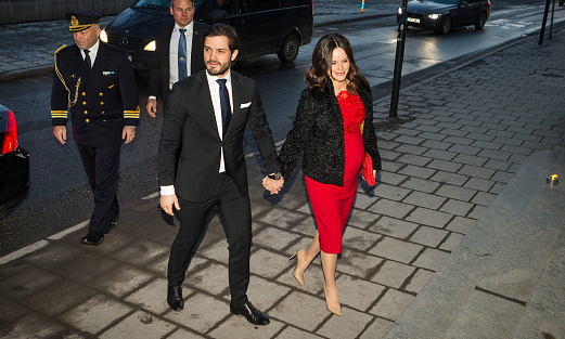 Prince Carl Philip of Sweden and his pregnant wife Princess Sofia arrived hand-in-hand for a formal gathering at the Royal Swedish Academy of Fine Arts in Stockholm. 