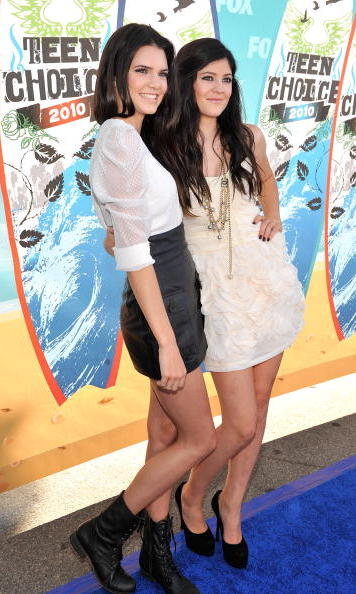 At the 2010 Teen Choice Awards, Kendall and Kylie both went glam - the elder sister in a blouse and high-waisted skirt combo and the younger in a ruffled dress. Kendall ditcheed heels for her trusty pair of combat boots.