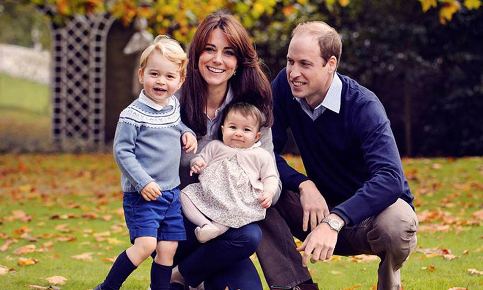 December 2015: Just in time for the holidays, the British Royal family posed for a sweet photo. 