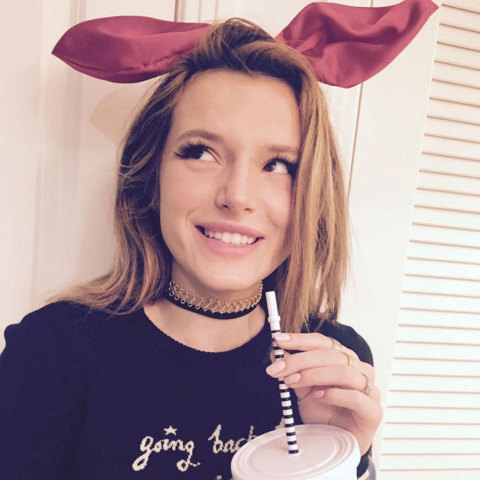 "<a href=""https://us.hellomagazine.com/tags/1/bella-thorne""><strong>Bella Thorne, 18</strong></a>