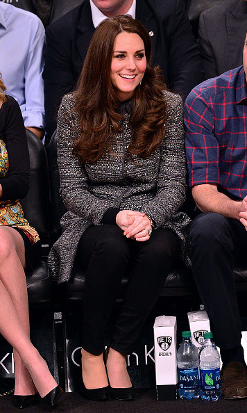 Kate Middleton made her stylish courtside debut at the Cleveland Cavaliers vs. Brooklyn Nets game in 2014 wearing a chic tweed Tory Burch coat, black jeans and pumps. Can you say slam dunk?!