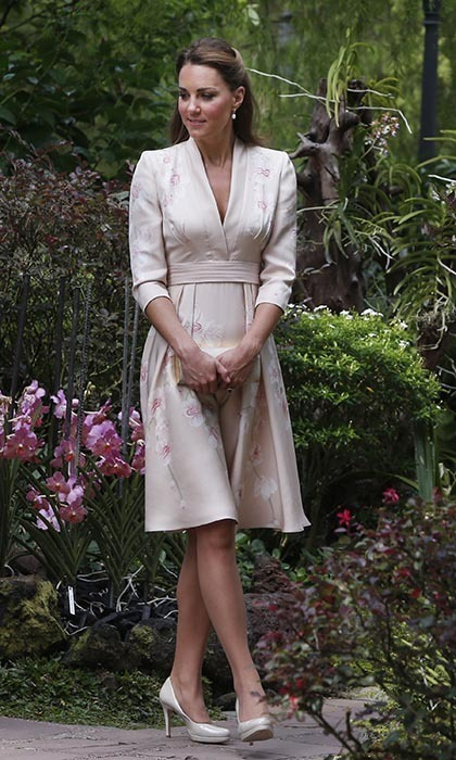 Dressing perfectly for the occasion, Kate arrived at the Singapore Botanical Gardens in a pale Jenny Packham dress. The dress, which was covered in tiny orchids, took eight weeks to complete – and the hard work clearly paid off.