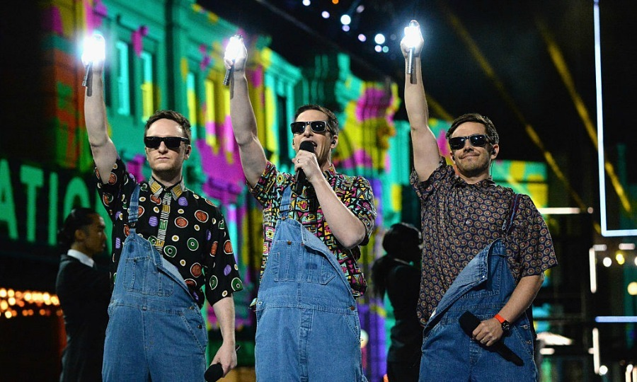 The Lonely Island (featuring Akiva Schaffer, Andy Samberg and Jorma Taccon) paid tribute to this year's Generation Award recipient, Will Smith, with an epic tribute.