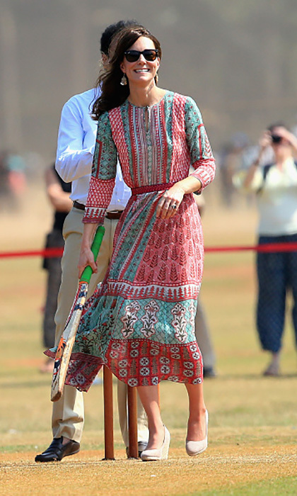 While touring local charities and playing a game of cricket, Kate went with a more relaxed look. She opted to wear the midi frock by Mumbai designer Anita Dongre.