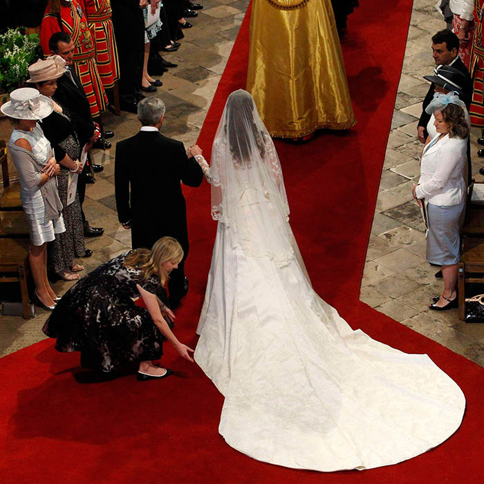 Kate Middleton\'s wedding dress: A closer look at the Alexander ...
