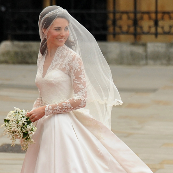 Kate middleton wedding dress lace details on