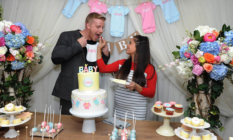 April 27: Bachelor baby! Sean and Catherine Lowe celebrated their journey of #amazinghood with Dreft during a special baby shower in NYC. 