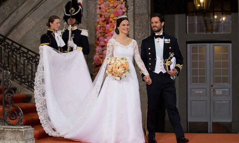 Prince Carl Philip and his new bride kindly requested that any gifts for their wedding be made in the form of a charitable donation to the Prince Couple's Foundation, which they have set up specifically for their big day on June 13, 2015.