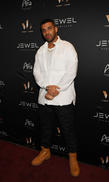 May 20: Drake treated guests including Rihanna to a surprise performance during his Virginia Black Decadent American Whiskey party at the new JEWEL Nightclub in Las Vegas.