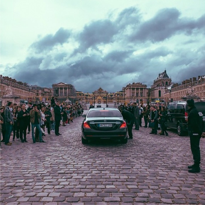 <b>Party at the Palace</b>