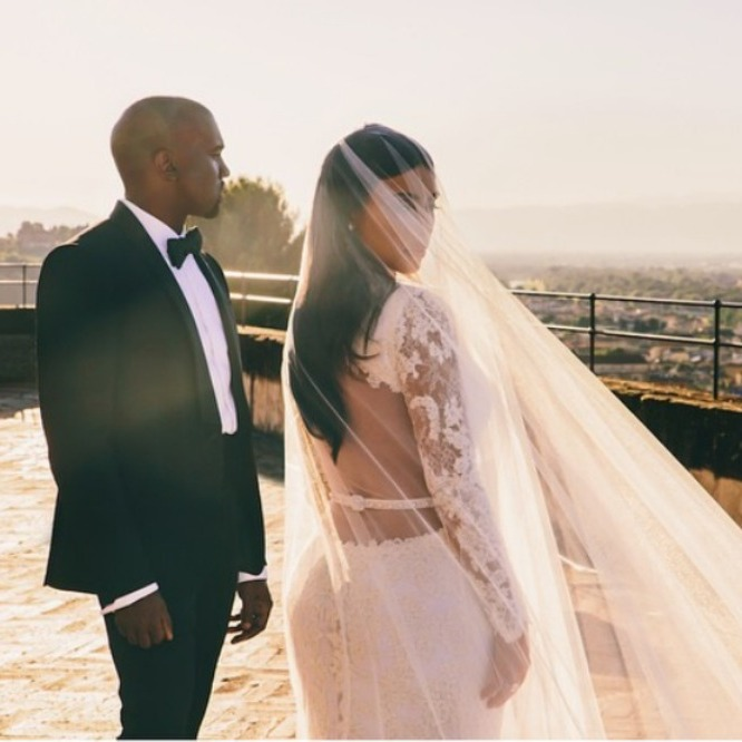 <b>Just married</b>