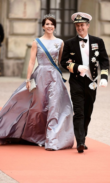 Mary and Frederik are one smart-dressed couple. The Danish royals made a glamorous arrival to the wedding of  Prince Carl Philip of Sweden and Sofia Hellqvist in Stockholm, Sweden back in 2015. 