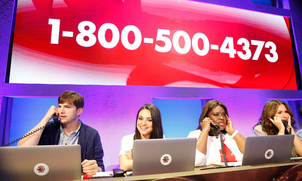 Ashton Kutcher, Mila Kunis, Retta and Minnie Driver sat in the phone bank answering calls during Red Nose Day Telecast. The <i>Jobs</i> actor even kept his personal Facebook Live on in the beginning explaining just exactly how the video streaming works to his confused wife.