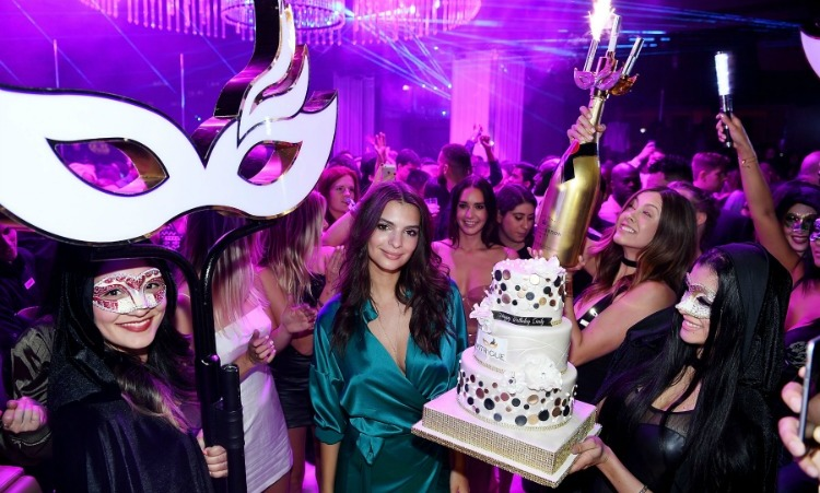 May 28: Go girl, it's your birthday! Emily Ratajkowski celebrated her 25th birthday at the Wynn's Intrigue Nightclub in Las Vegas.