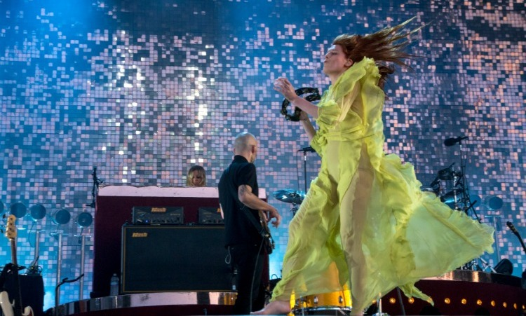 May 28: Stunning performance! Florence Welch performed in a custom Gucci dress during the BottleRock Napa Valley festival. 