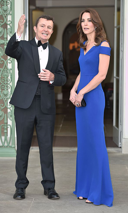 <b>ROYAL BLUE</B>