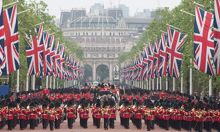 Trooping the Colour – a London ceremony to celebrate Queen Elizabeth's birthday – takes place every year on a Saturday in June. 