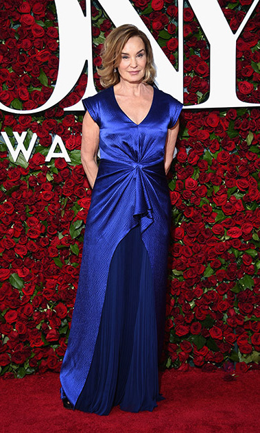 <i>Long Day's Journey into Night</i> actress Jessica Lange shined in a royal blue gown, which featured a pleated skirt and draped front.