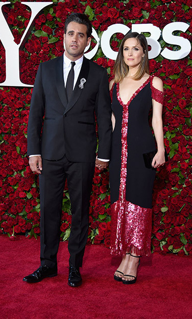 It was date night for Bobby Cannavale and Rose Byrne. The actress dazzled in a black and pink Thakoon dress featuring shoulder cut-outs.