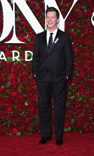 <i>Will & Grace</i> actor Sean Hayes looked dapper in a suit at the musical award show.