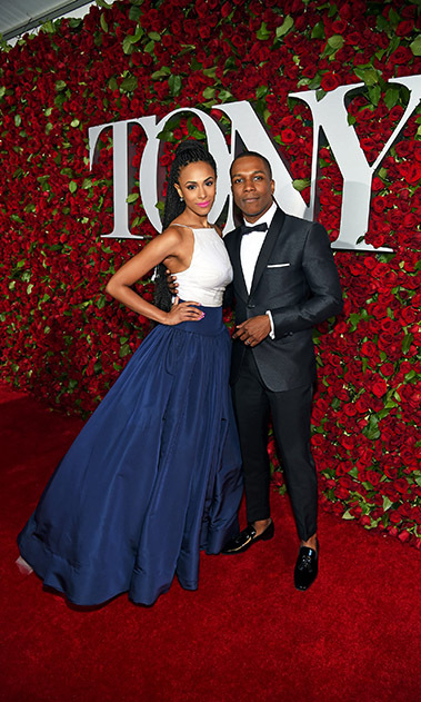 <i>Hamilton</i> nominee Leslie Odom Jr. attended the Broadway award show with his wife Nicolette Robinson.