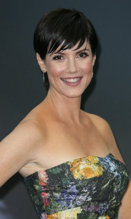 <b>Zoe McLellan</b>
