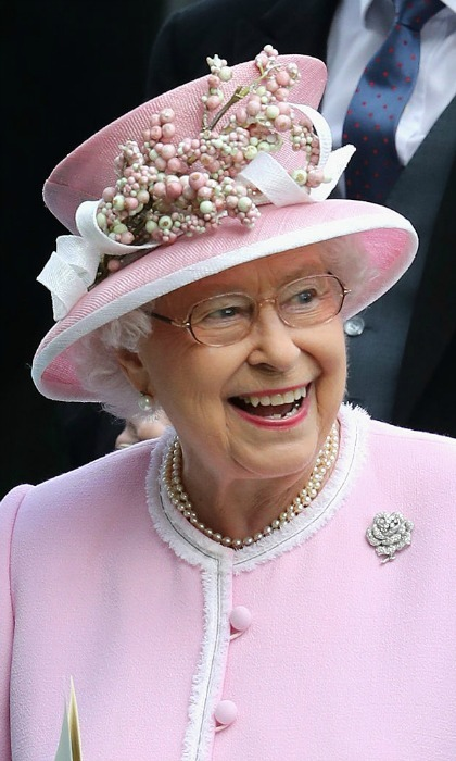 Queen Elizabeth was pretty in pink from head to toe.