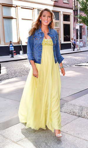 Blake was a ray of sunshine walking around Manhattan wearing a flowy yellow, Jenny Packham dress. The actress completed her summer look with a blue denim Madewell jacket and Christian Louboutin heels.