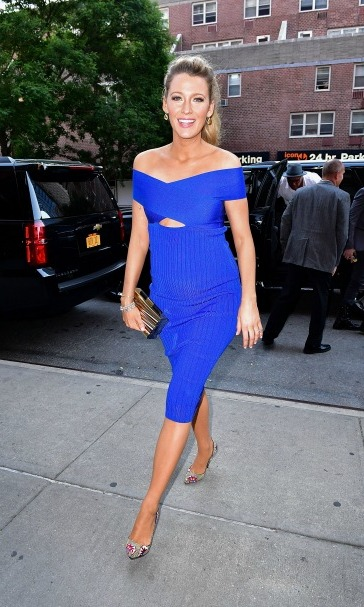 Blake proved that she is the definition of maternity chic in a royal blue Cushine Et Ochs dress and Christian Louboutin heels during her appearance on <i>The Tonight Show</I> in NYC. 