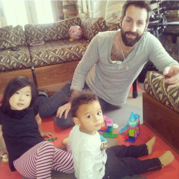 Josh spent some quality daddy/daughter time with his two little girls. 