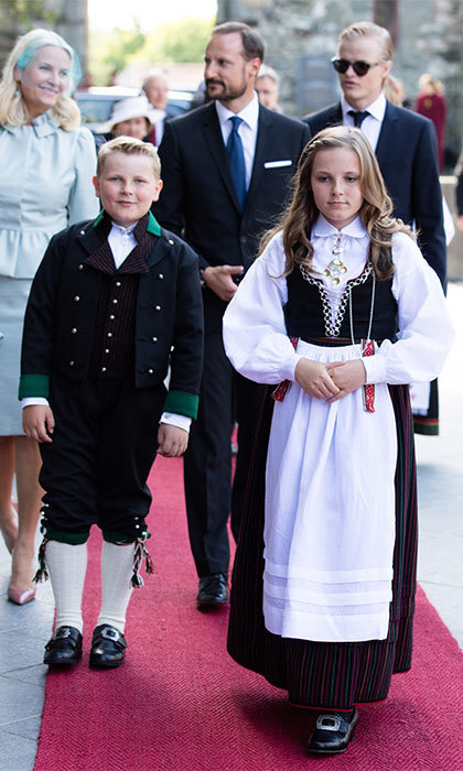 After the festivities at the fish market, the family went to Nidaros Cathedral for a celebratory church service.<br>