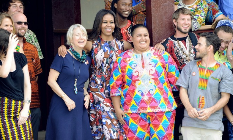 FLOTUS posed with members of the US Peace Corps during her trip to Liberia. 