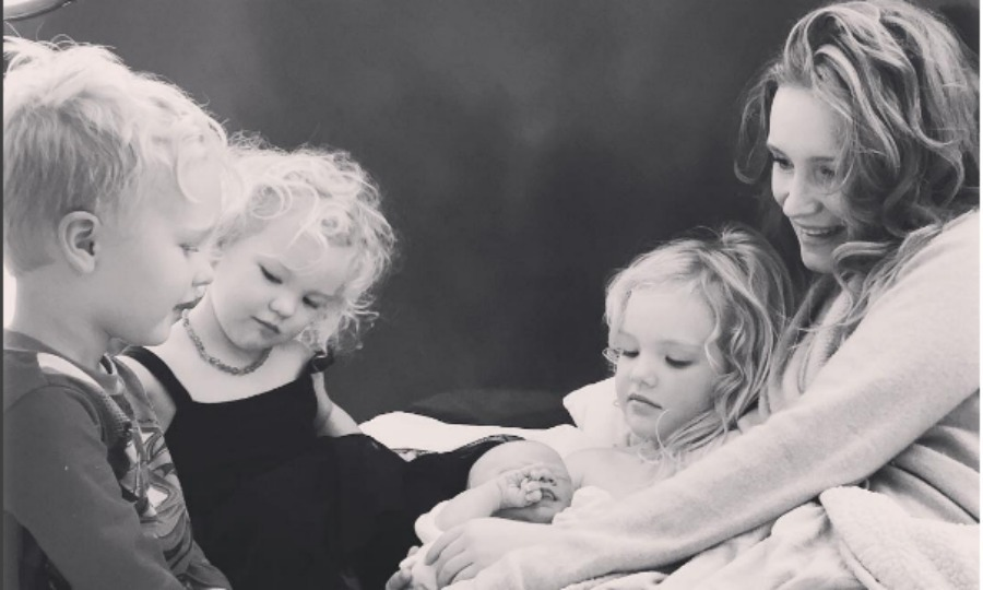 James Van Der Beek and his wife Kimberly said hello to their fourth child Emilia Van Der Beek on March 23. The littlest girl, is joined by her older siblings, five-year-old Olivia, four-year-old Joshua and two-year-old Annabel, who posed for a sweet picture with their mother and new sibling. 