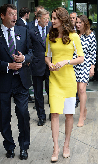 "<a href=""https://us.hellomagazine.com/tags/1/kate-middleton/""><strong>Kate Middleton</strong></a> stepped out in a vibrant Roksanda Ilincic dress at Wimbledon.