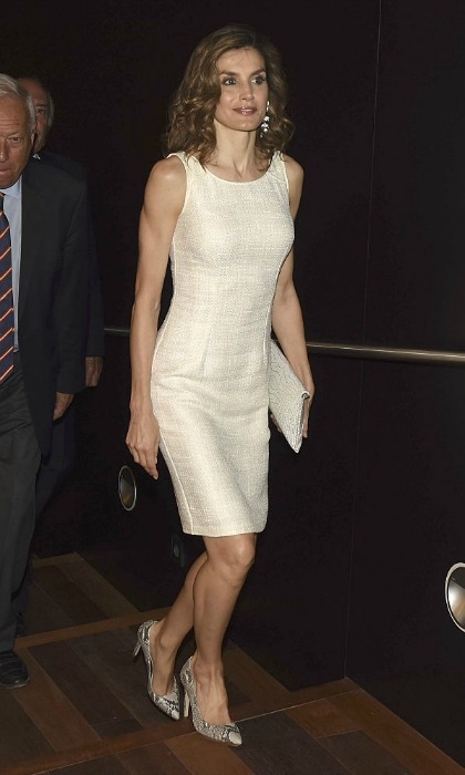 "<a href=""https://us.hellomagazine.com/tags/1/queen-Letizia"" target=""_blank""><strong>Queen Letizia of Spain</strong></a> looked chic wearing a sleeveless cream sheath dress for the Consejo Espana-India Foundation Awards held at the Archeological Museum in Madrid.