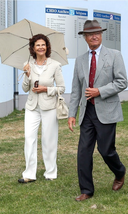 Off to the races! King Carl XVI Gustaf and Queen Silvia of Sweden paid a visit to the CHIO equestrian tournament in Aachen, Germany.