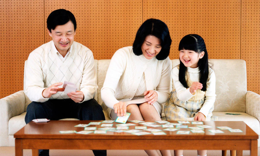 Family game night. Prince Naruhito celebrated his 47th birthday with his two favorite girls, playing cards at their Togu residence.
