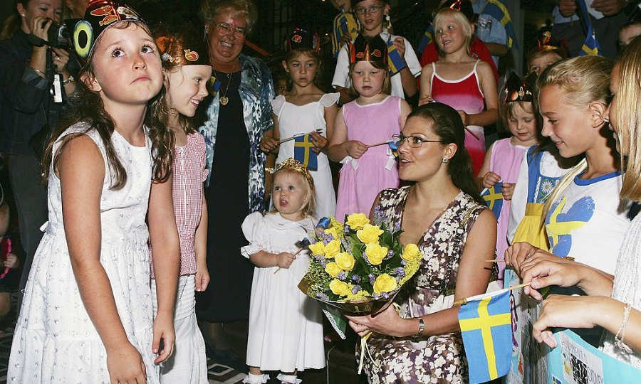 "The struggle was real for one little girl in Sydney, Australia during a meeting with Sweden's <a href=""https://us.hellomagazine.com/tags/1/crown-princess-victoria/""><strong>Crown Princess Victoria</strong></a> at a smorgasbord lunch in 2005.