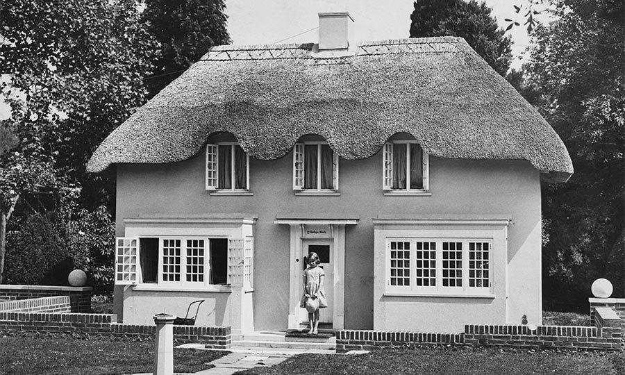 The grounds are also home to Y Bwthyn Bach, a miniature cottage that was gifted to young Elizabeth.